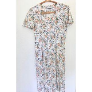 Floral Button Midi Dress Vintagd